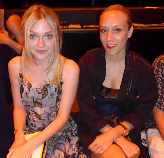 #DakotaFanning (in #OC Resort 15) & #ChloeSevigny sitting front row at #LostCotton