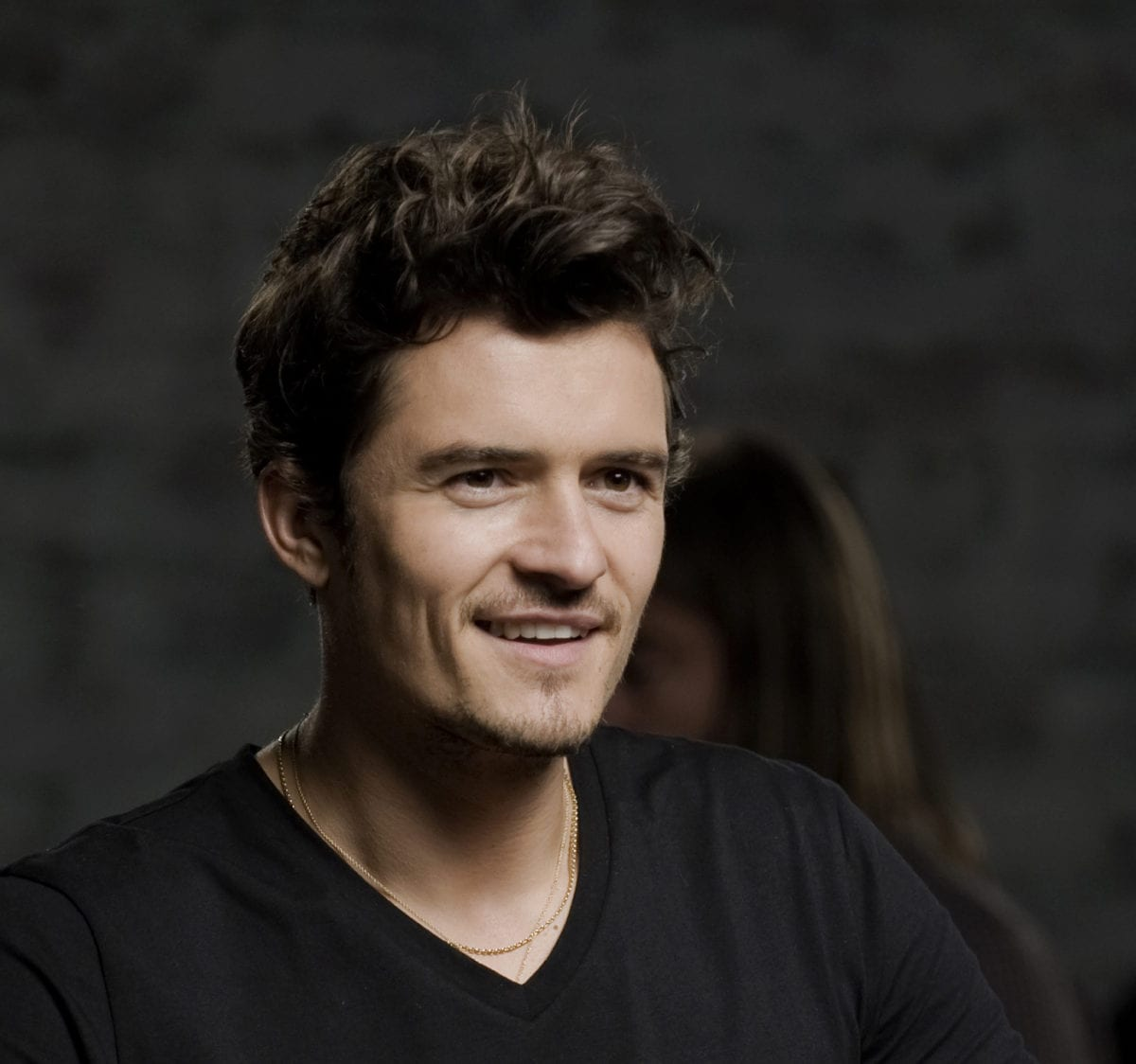 Orlando Bloom Signing Announcement picture