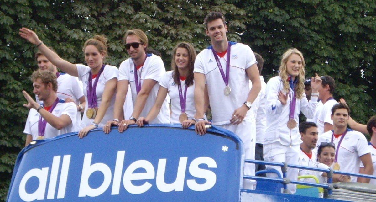 French_Olympic_team_open-top_bus_01
