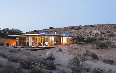 Off-grid itHouse par Taalman Koch - Pioneertown, California